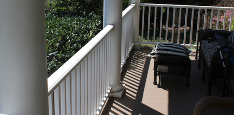 Intex Hampton PVC railing system used by Fred Home Improvement
