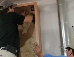 To make kitchen cabinet installation easier, follow these steps.