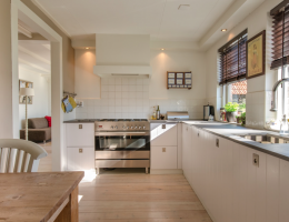 kitchen_lighting_abundant natural light from window_photo Pexels