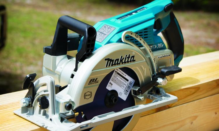 makita brushless circular saw good for professional remodelers