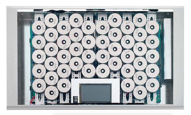 Thermador's Freedom Induction Cooktop delivers more usable surface area