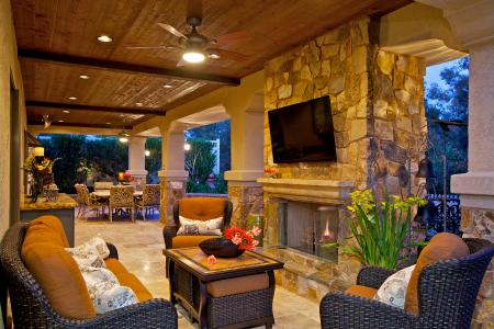 Houzz Study Finds Outdoor Living Spaces Increasing Pro